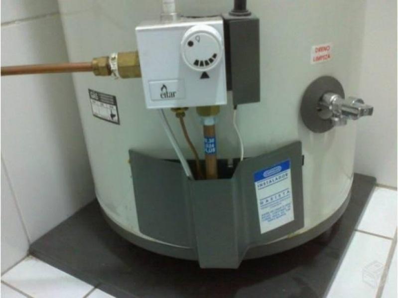 Instalação de aquecedor a gás na Estância Tangara