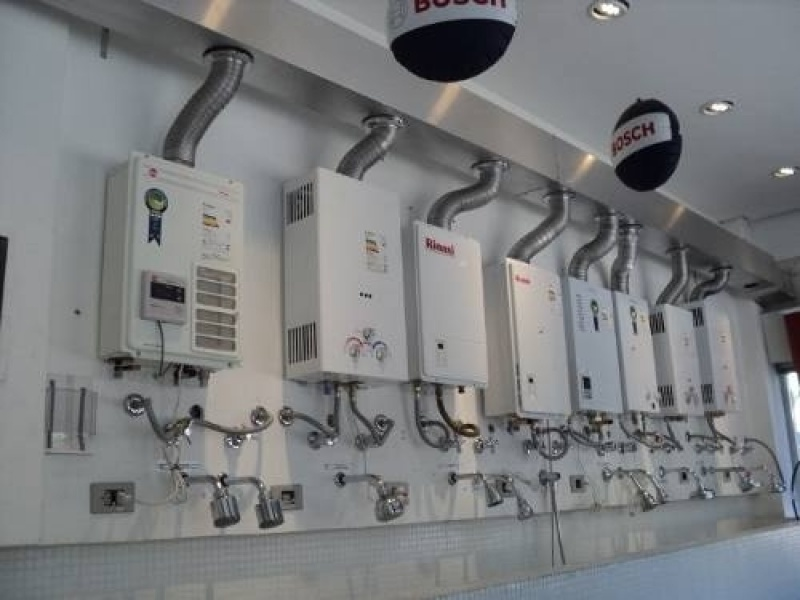 Instalação de aquecedor Komeco de comércios e casas na Cidade Monções