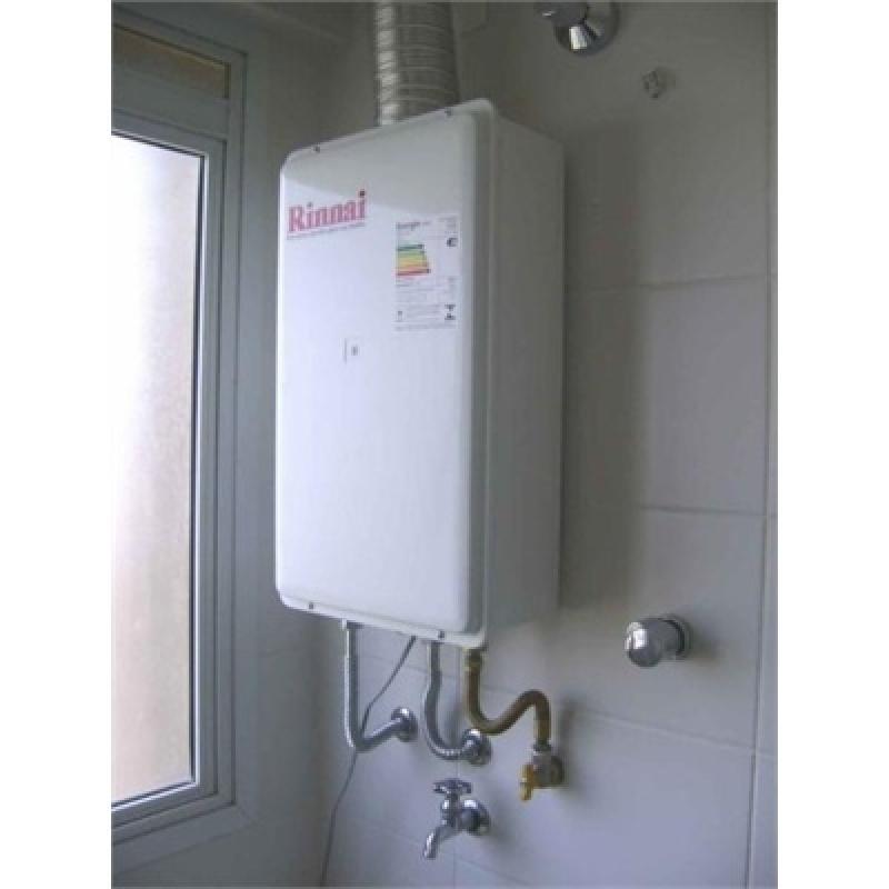 Instalação de aquecedor na Vila Itaberaba